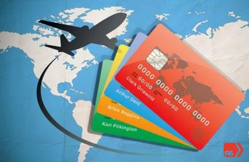 Если карта была заблокированна находясь за границей, вам всегда нужно иметь под рукой телефон, что бы сотрудники банка могли с вами связаться